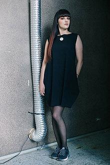 Šaty - FNDLK úpletové šaty 192 BL - 8372925_