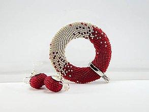 Náhrdelníky - Háčkovaný prívesok Donut ruby - 8375442_