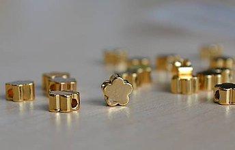 Korálky - Kvet 24K 5mm, 1€/ks - 8376636_