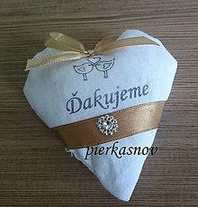 Darčeky pre svadobčanov - srdiečka s levanduľou bielo zlaté - 8379934_