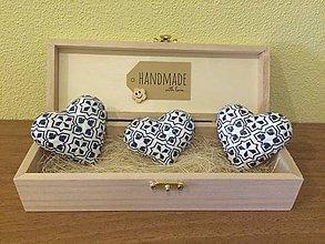 Magnetky - Handmade magnetky srdiecka Folk 2 v krabicke - 8379165_