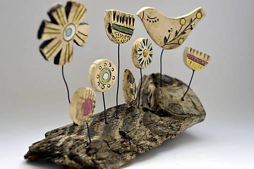 Keramická dekorácia Spievajúci vtáčik