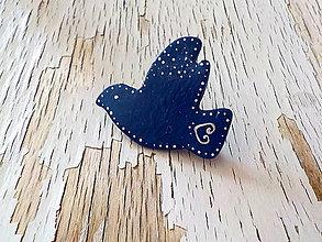 Odznaky/Brošne - FOLKLÓRNA holubica-maľovaná brošňa - 8383925_