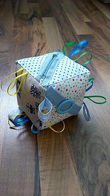 Hračky - kocka na hranie pre deti - 8385726_