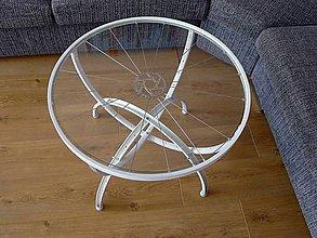 Nábytok - Konferenčný stolík z bicykla - 8391219_