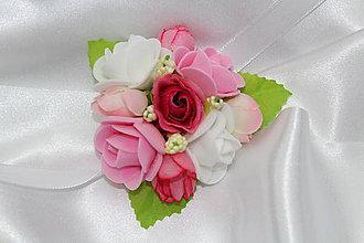 Náramky - Kvetinový náramok pre družičku