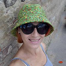 c7b2a0c21 Čiapky - lehký zelený klobouk s kvítky Pampalíny - 8392548_