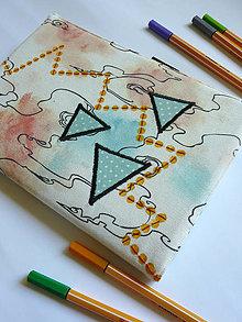 Papiernictvo - Obal na zápisnik A5 - trojuholniky,machule a bodky - 8393216_