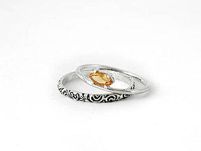 2a255208b 585/14k zlaté napichovacie s prírodným peridotom olivínom. 86,- €. Prstene  - Sada 925 strieborných prsteňov s citrínom - 8396359_