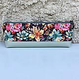 Taštičky - Barevné květy s mentolovou - taštička (nízká) - 8397552_