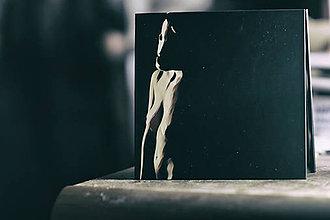 Papiernictvo - Leporelo 13x13 s autorskou ilustráciou ,,Maska v šere,, - 8395875_