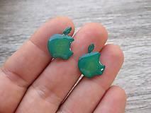 Náušnice - Nakusnuté jabĺčka - chirurgická oceľ (zelené - chirurgická oceľ č.1068) - 8395793_