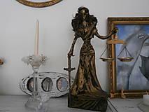 Sochy - Bohyňa spravodlivosti, alebo Justícia - 8395610_