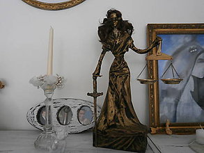 Socha - Bohyňa spravodlivosti, alebo Justícia - 8395610_