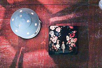 Papiernictvo - Leporelo 13x13 ,,Dievčička v kvetinovom lese,, - 8398638_