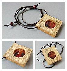 Náhrdelníky - Ohnivý; drevený prívesok s achátom - 8406809_