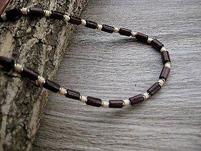 Detské doplnky - Chlapčenský drevený náhrdelník okolo krku - 8405534_