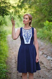 Šaty - Maľované modro-biele šaty s folk ornamentami a polkruhovou sukňou... - 8405939_