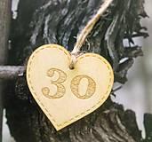 Darčeky pre svadobčanov - Srdiečka s číslom - 8410458_