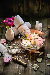 Svietidlá a sviečky - Plávajúca sviečka - 8412824_