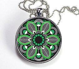 Náhrdelníky - Rozeta zelenočierna - autorský náhrdelník dlhý - velký - 8412837_
