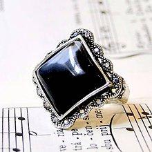 Prstene - Barocco Black Agate Square Ring / Starostrieborný barokový prsteň s čiernym achátom /0503 - 8418004_