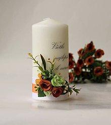 Svietidlá a sviečky - Sviečka s venovaním dekorovaná kvetmi - DarkOrange - 8419455_