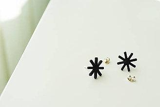 Náušnice - napichovacie náušnice hviezdičky - čierne - 8420779_