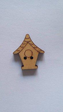 Galantéria - G115 Gombík drevený (domček 2,3 x 2,0 cm) - 8420333_