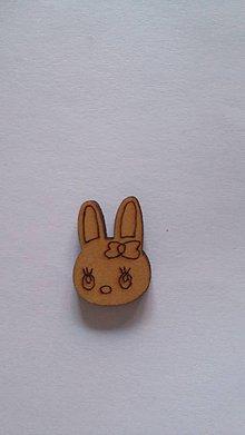 Galantéria - G115 Gombík drevený (zajačik 2,0 x 1,2 cm) - 8420345_