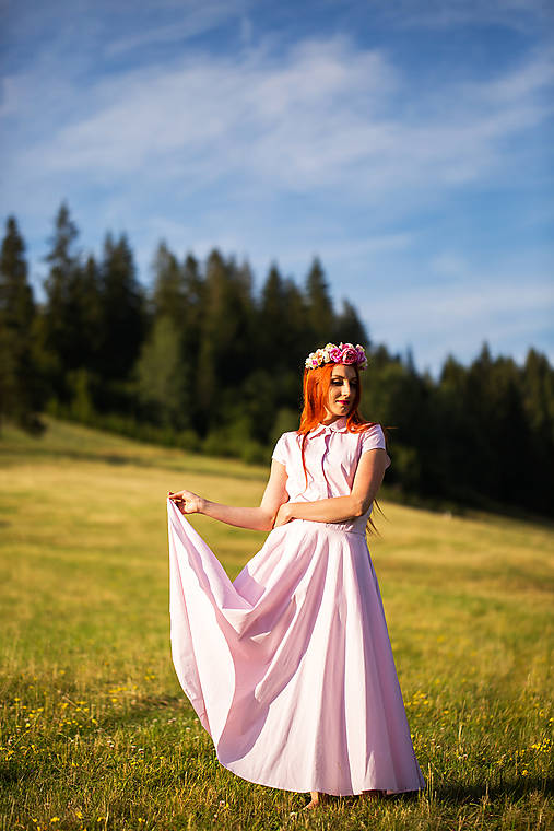Elegantné dlhé šaty