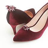 Obuv - Vínové bordové zamatové lodičky s klipmi na topánky - 8422978_