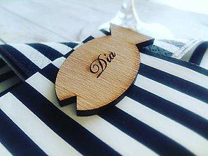 Darčeky pre svadobčanov - Drevené menovky - 8427515_