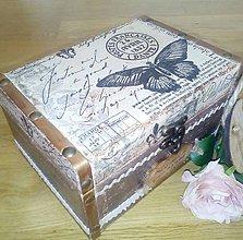 Krabičky - Šperkovnica truhlica Motýľ Avril - 8426399_