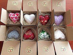 Darčeky pre svadobčanov - Handmade srdiecko v krabicke, rozne druhy - 8428279_