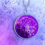 Náhrdelníky - Fialová planétka - náhrdelník malý dlhý - 8426976_