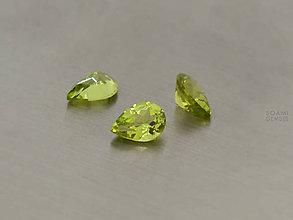 Minerály - PERIDOT / OLIVÍN prírodný slza / hruška 5x7mm VS - 8429632_
