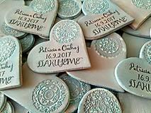 Darčeky pre svadobčanov - svadobné magnetky so vzorom - 8431776_