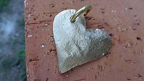 """Náhrdelníky - Amulet - """"Zo zlata má srdce..."""" - 8435714_"""