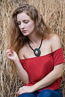 Náhrdelníky - Regentag Col. - Red Oval- vyšívaný náhrdelník - 8436823_