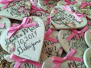 Darčeky pre svadobčanov - ružové magnetky pre svadobčanov - 8438052_