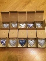 Drobnosti - Handmade magnetky FOLK srdiecko v krabicke - 8440018_