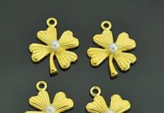Komponenty - Prívesok zlatý štvorlístok s perličkou - 8441716_