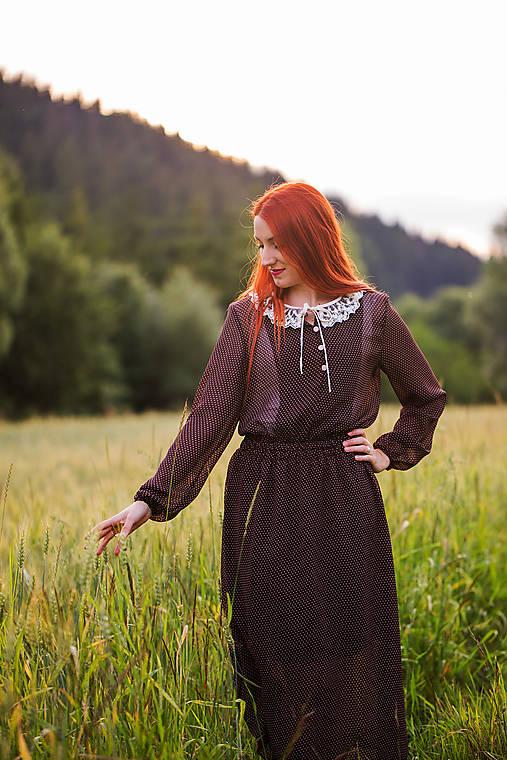 Bodkované vintage šaty