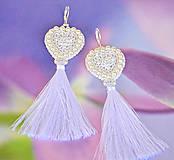 Náušnice - Srdiečkové náušnice biele - 8446704_