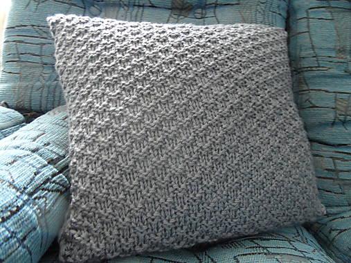 pletený vankúšik šedomodrý