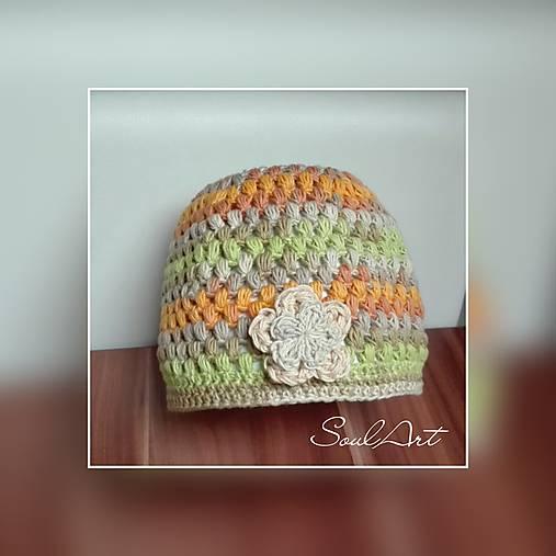 Háčkovaná čiapka v jesenných farbách pre dievčatko SKLADOM