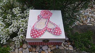 Krabičky - drevená krabička - šperkovnica - 8452026_