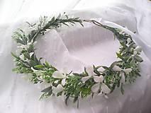 Svadobný kvetinový venček do vlasov