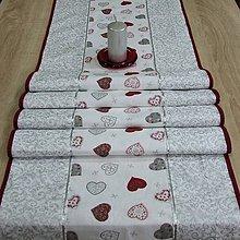 Úžitkový textil - Strieborné variácie srdiečka a ornamenty - stredový obrus 176x43 - 8450964_